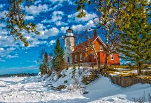 Eagle Harbor Lighthouse (HDR) [Winter 2015]