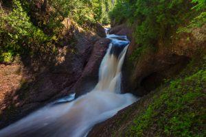 Gorge Falls (Summertime)